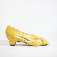 Vintage Mustard Yellow Leather Heels Size by HelloDarlingVintage