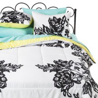Xhilaration Lace Comforter Set