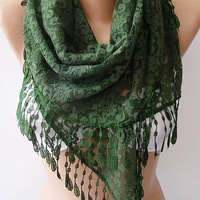 by womann Lace scarf....Green