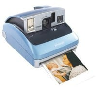 Polaroid One600 Classic Instant Camera (OLD MODEL)