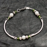 Silver, Pearl and Peridot Crystal Bead  Bracelet