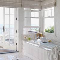 http://www.housebeautiful.com/cm/housebeautiful/images/hbx-0910-miller-white-bathroom-de.jpg