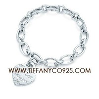 Shopping Cheap Tiffany Notes I Love You Tag Charm Bracelet At Tiffanyco925.com - Discount Tiffany Bracelets