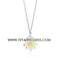 Shopping Cheap Tiffany and Co Daisy Charm Necklace with a Diamond and Lacquer At Tiffanyco925.com - Discount Tiffany Necklaces