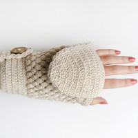 Convertible Crochet Mittens With Flip Top In Beige