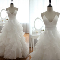 Open Back Cross Straps Taffeta Organza Ruffles Wedding Dress Deep V Neckline Spaghetti Dress with Train