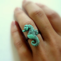 Seahorse Ring by Keamana 