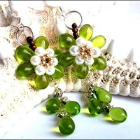 Green Peridot and White Glass Pearl Flower Teardrop Chain Earrings