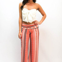 MACA Clothe · Bow Crop Top in White
