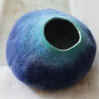 Cat Cave / Bed / House / Vessel  Hand Felted Wool  by vaivanat
