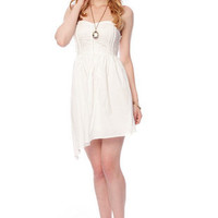 Apple of My Eyelet Dress in White :: tobi