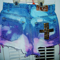 High waisted tye-dye shorts