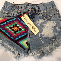 INDIO High waisted denim shorts tribal motif all by jeansgonewild