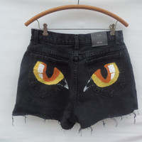 HighWaisted Handpainted Cat Eye shorts Lee Size by MadMixFashion