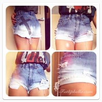 denim Ombre with black cross and spikes vintage par FatLipBella