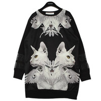 Cat Decalcomanie Print T-shirt | FashionShop【STYLENANDA】