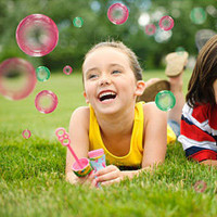 Crayola Outdoor Coloured Bubbles Wand - Make beautiful and colorful bubbles with this wand - LatestBuy Australia