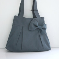 10 off Gray Canvas Bag with Bow / Tote / Purse / by ickadybag