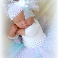 TUTU, CUTE PASTEL COLORS NEWBORN BABY GIRL 0 TO 6 MONTHS HANDMADE TUTU WITH DIAPER COVER