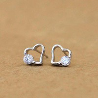 925 Sterling Silver Rhinestone Heart Earrings
