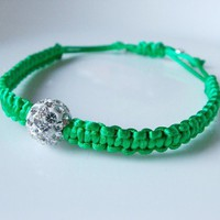 Green adjustable bracelet - swarovski bead - with macreme design