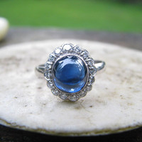 Amazing Art Deco Diamond and Sapphire Ring - Very Fine Natural Blue Sapphire - Older Cut Diamonds - Halo Design