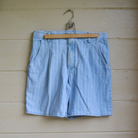 Vintage Wrangler Shorts Mens Light Denim with White Pin Stripes Shorts Denim Shorts Size 34