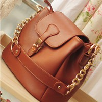 Beautiful The fair maiden temperament lock chain single shoulder bag