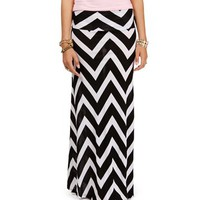 Black/White Chevron Print Maxi Skirt