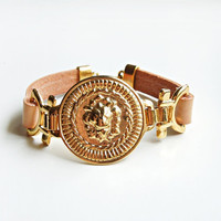 Nude Leather with Lion bracelet