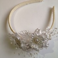 Handmade Fancy White Wedding Flower Girl Birthday Headband Formal Flowers Spring
