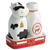 Cow &amp; Milk Salt &amp; Pepper Shaker Set