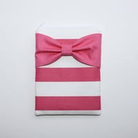 iPad Case / Tablet Sleeve - Hot Pink and White Stripes with Hot Pink Bow - Padded