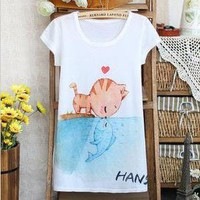 Cat kiss fish T
