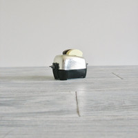Vintage Toaster Salt and Pepper Shaker Set