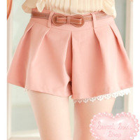 Charming Lace Trim Shorts w/ Belt