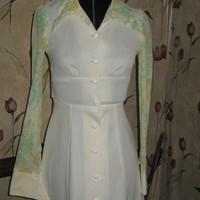 vintage   mod  1960 off white sheer flower sleeves mini dress  size..5-6