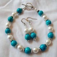 Teal Bracelet &amp; Earring Set by TheBlueEyedBeader on Etsy