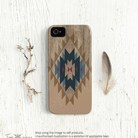 Tribal iPhone 5 case - Tribal iphone 4 case, Tribal iPhone 4s case, aztec iphone 4 4s 5 case, navajo, native pattern on wood (c135)