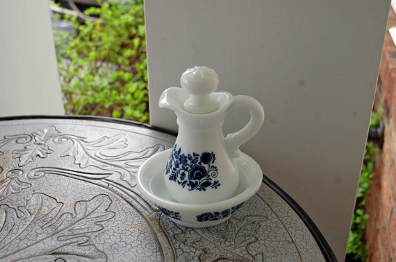 1940s Vintage / Avon Skin So Soft Decanter and Bowl / full / Delft Blue Pattern / Milk Glass / Pitcher / Bowl