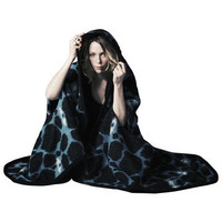 Vík Prjónsdóttir: Helm Of Disguise Blanket Black, at 35% off!