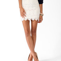 Scalloped Lace Miniskirt