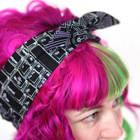 Reversible Wired Bow Headband, Black Keyboard and Black Circuit Board