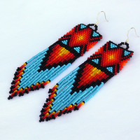Dangle Multicolor earrings. Native American Earrings Inspired. Long Earrings. Beadwork