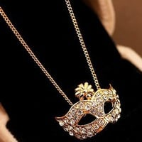Shinning Rhinestones with Fox Mask Necklace Golden [399]