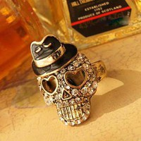 Vintage Skull small black hat ring