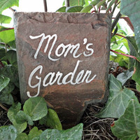 Moms Garden marker on antique slate