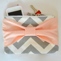 Set of 3 Grey & White Chevron w/ Light Peach Center Bow Bridesmaid Clutch Bridal Accessories Wedding Gift Bridal Clutch Zippered
