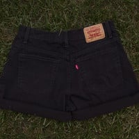 Black High Waisted Levi&#x27;s