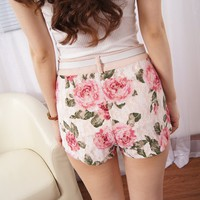 Low Waisted Flower Lace Short
